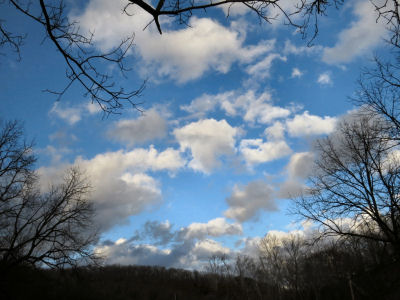 approaching spring changes clouds from stratus to cumulus